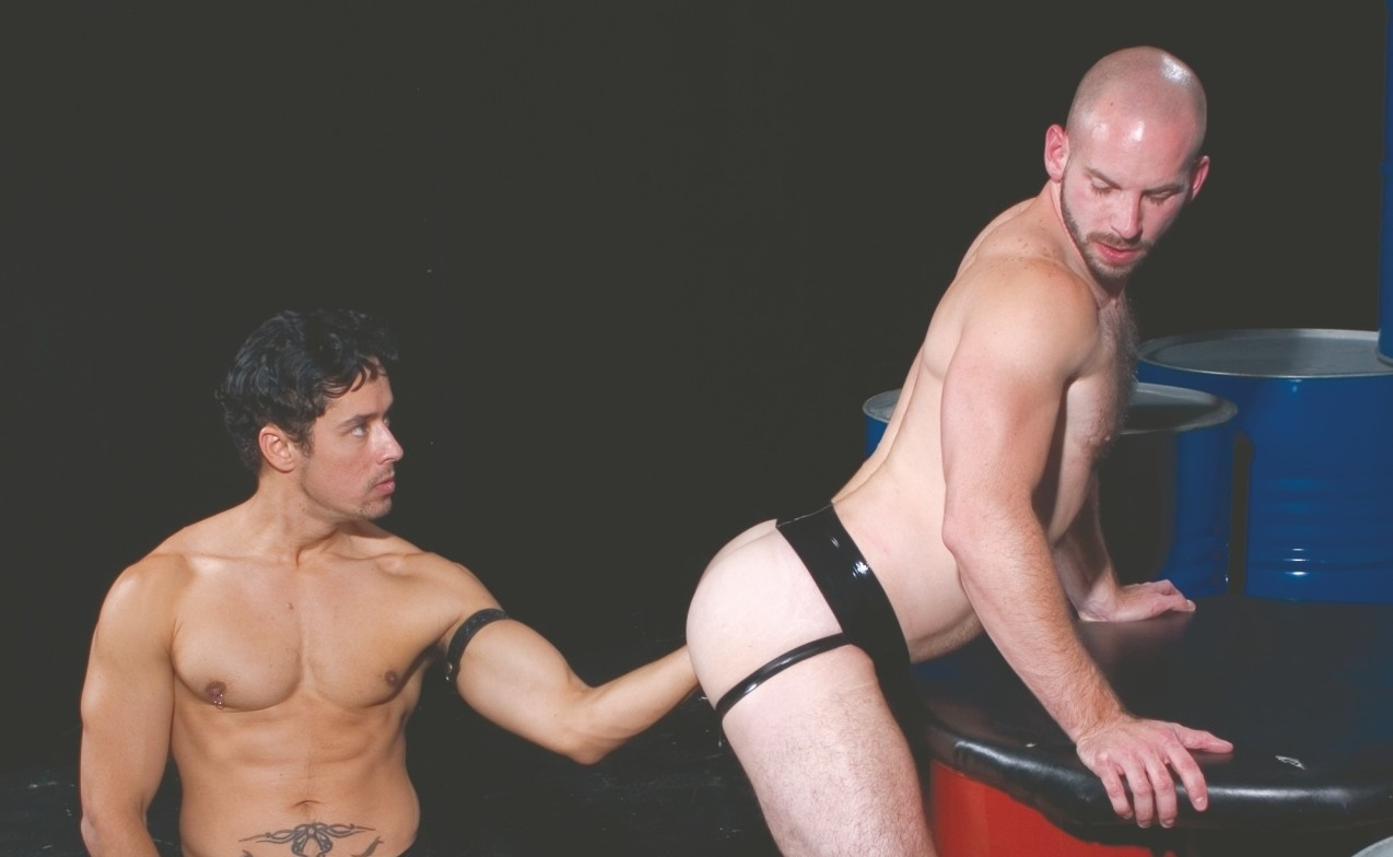 Fisting gay big dick video