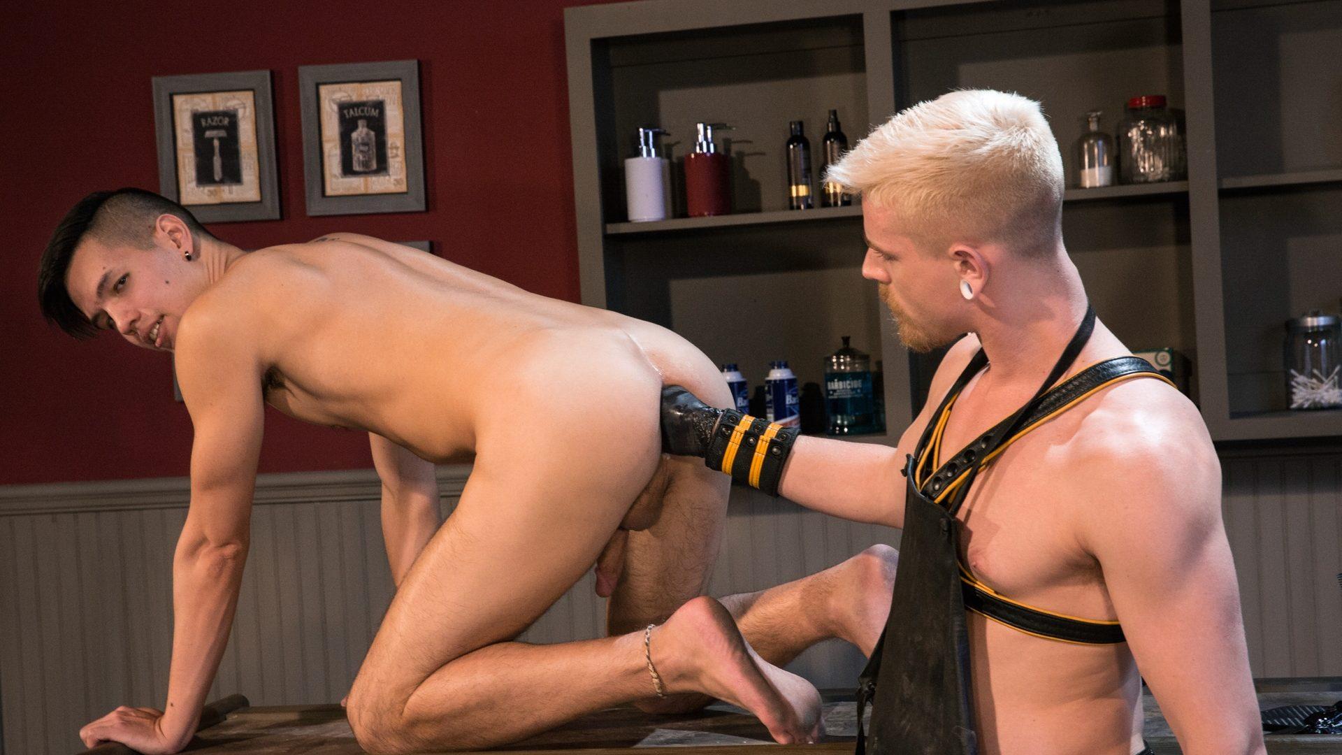 Cody Winter Fists Issac Lin – Part 7 1