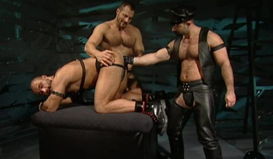 A Leather Pig Gets Its Ass Fisted