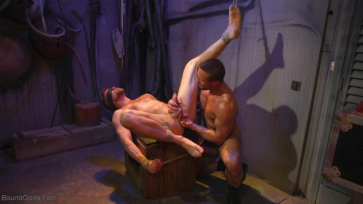 Street Meat: Back Alley Bondage - Jay Austin and Myles Landon 1