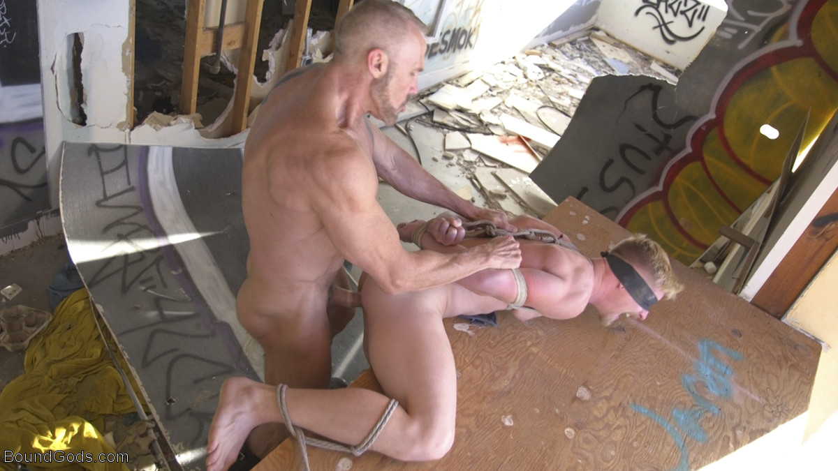Hard Gay BDSM Session With Dallas Steele and Cody Winter – Part 2 1
