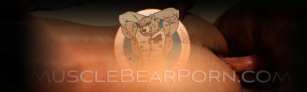 Gay Fisting: Muscle Bear Porn: Leather Slave 1