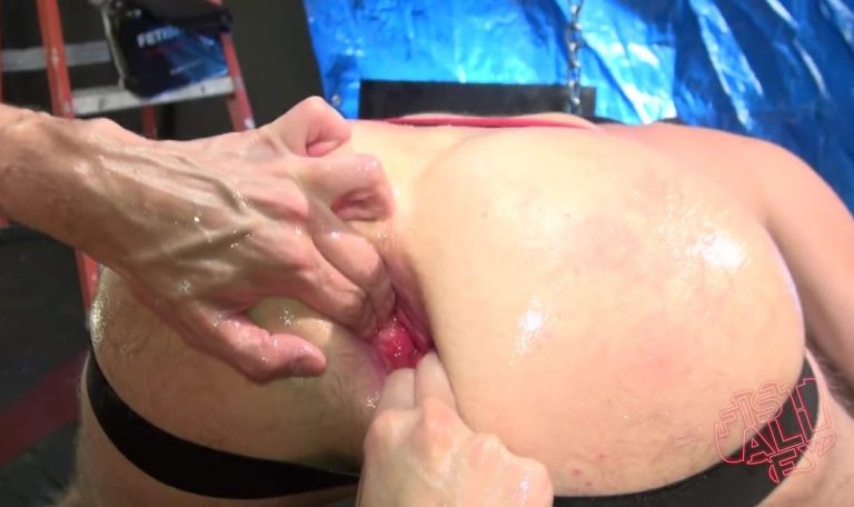 Scott DeMarco Fist Fucks Drew Dixon - Part 1 5