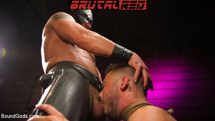 Sebastian Keys, Shane Jackson and Dominic Pacifico - Gay BDSM for Boundgods