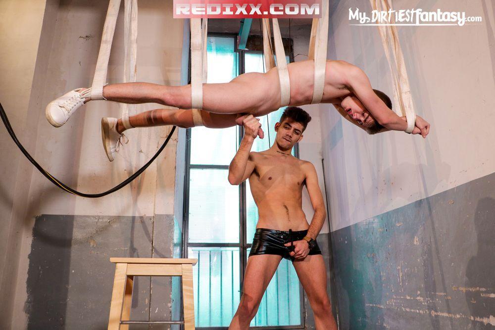 Erik Devil Edges Gay BDSM Slave Tannor Reed 5