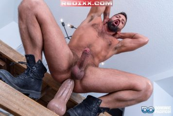 Dominic Pacifico: Extreme Dildo Ass Stretching