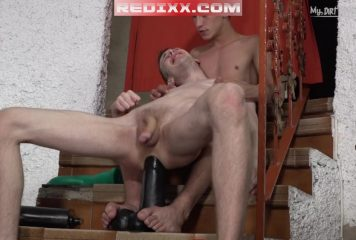Puppy Davey – Large Dildos Play