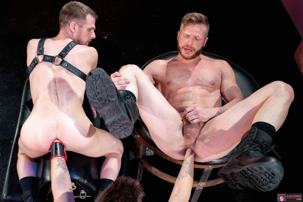 Mike Monroe Fist Fucks Brian Bonds & Alex Killian Deep In The Club 3