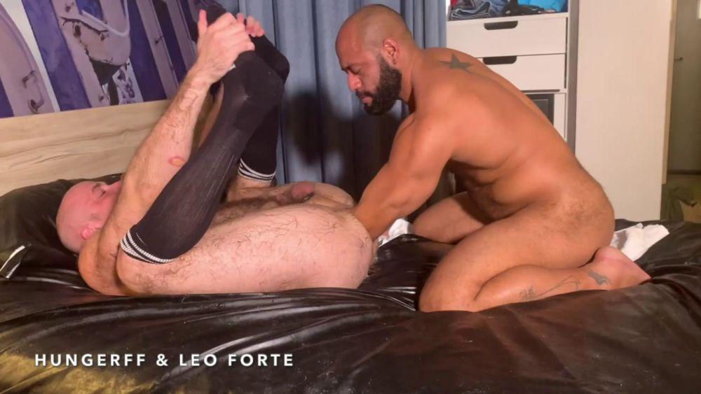 Leo Forte - Shoulder Deep Inside Of HungerFF 1