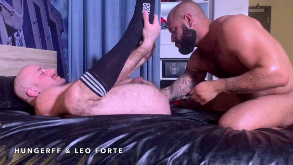 Leo Forte - Shoulder Deep Inside Of HungerFF 4