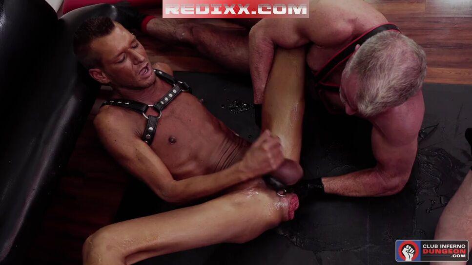 Alex Killian & Dale Savage - Double Fisting Wrex Wylde 5