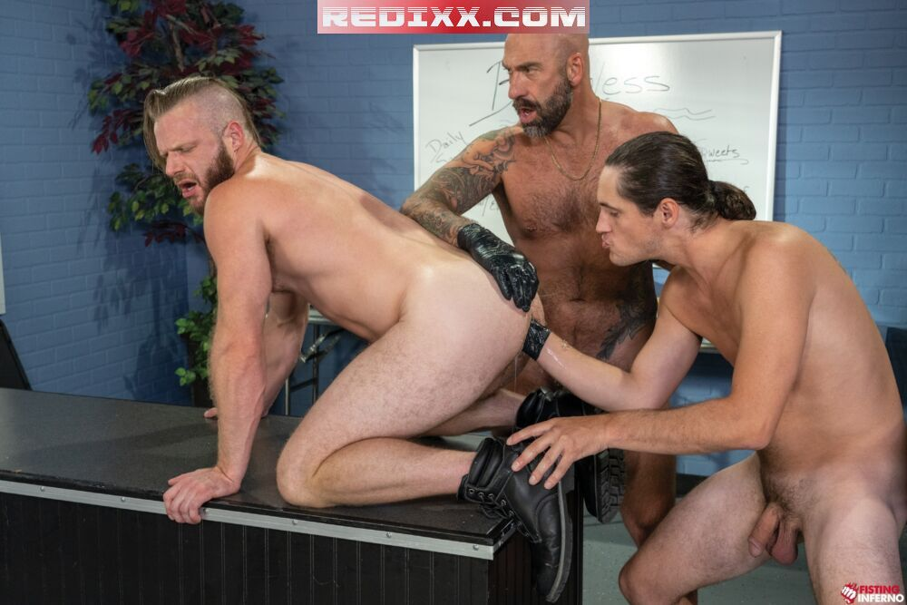 Drew Sebastian & Tony Orlando Take Turns Fisting Brian Bonds 1